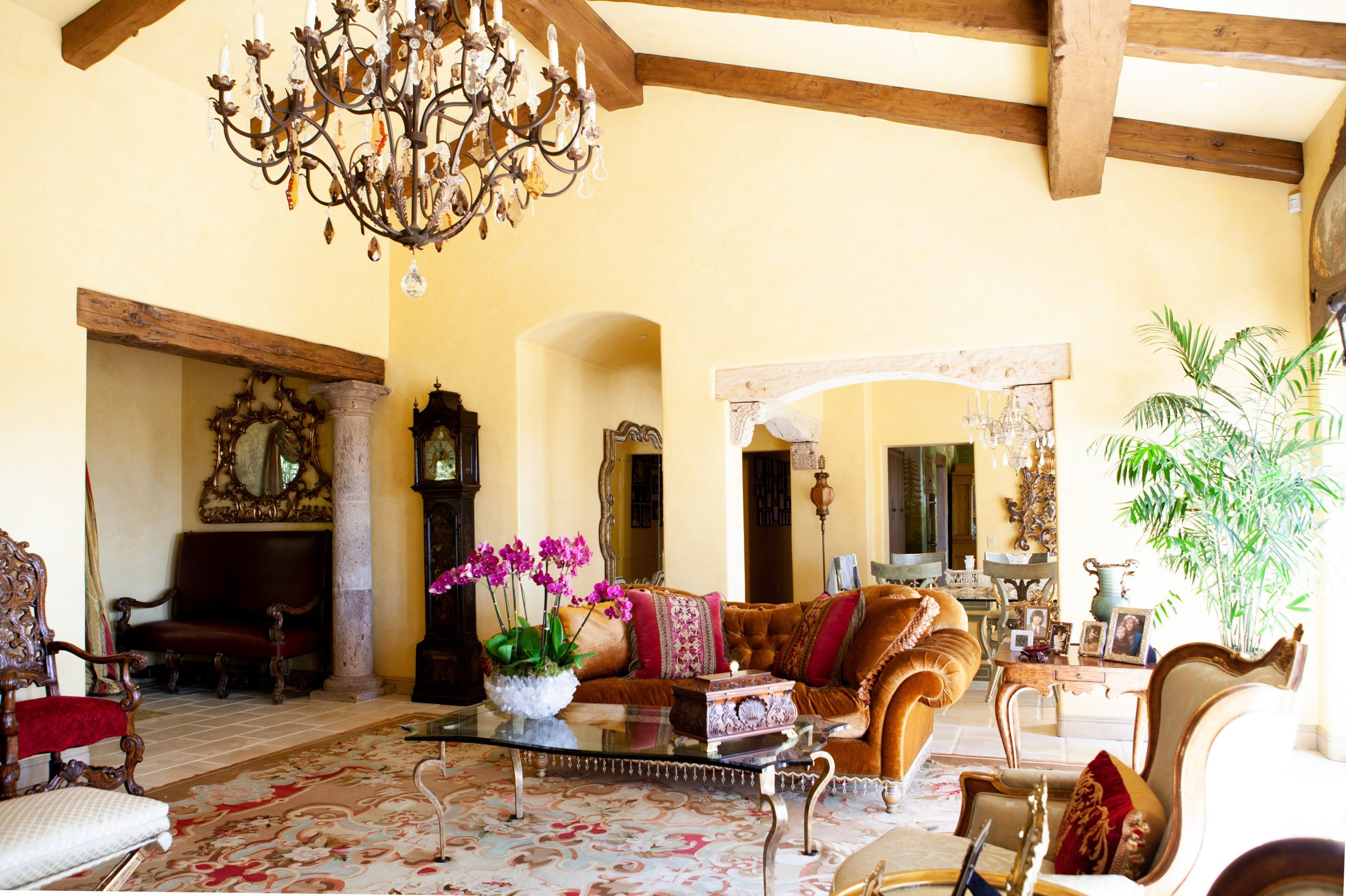 To visually repreent a residential interior painting job done by eduardo vicente painting in montecito